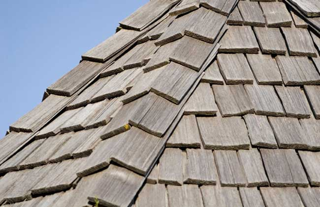 Roofing - image shakehouse on http://mullerexteriors.com