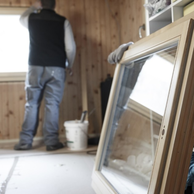 Window installation tips a case for both vinyl and wood for Wood replacement windows